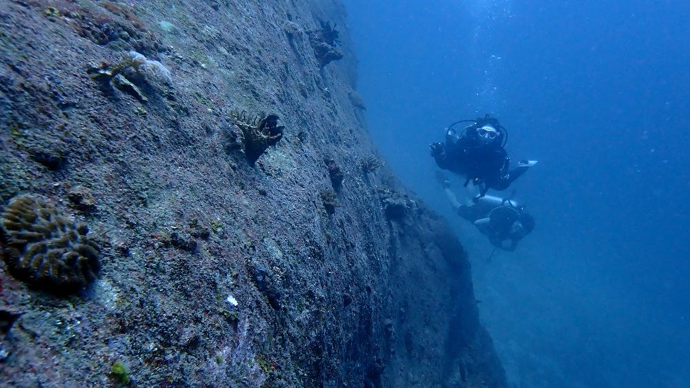 2021/04/14 ラチャノイ島の巨岩