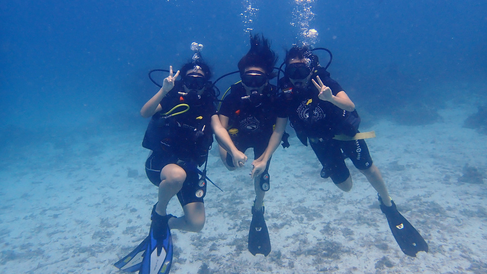 ラチャノイ島で体験ダイビング